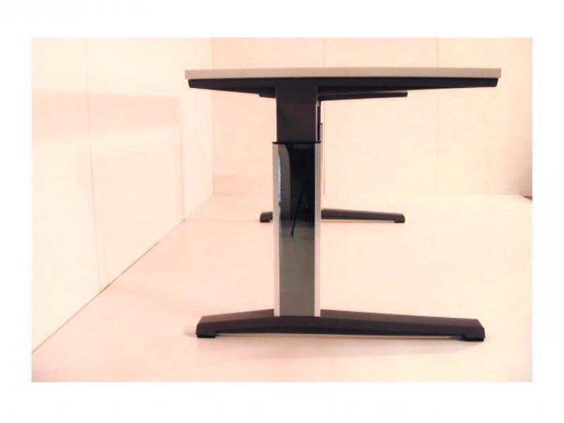 Mesas de oficina muebles para almacenamiento for Muebles de oficina mesas
